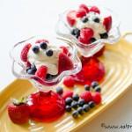 berries homemade whipcream