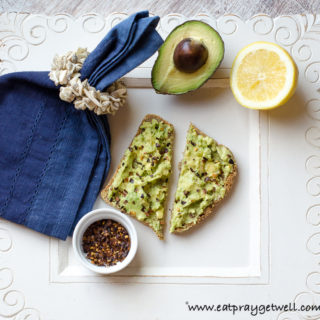An Avocado Toast Recipe That Won't Make You Yawn